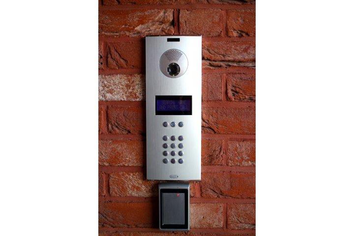 5. Smart Doorbell